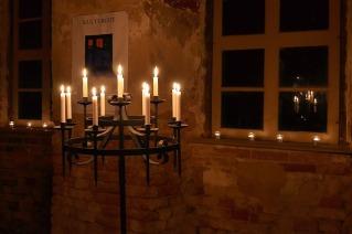 candlestick-1342420_640
